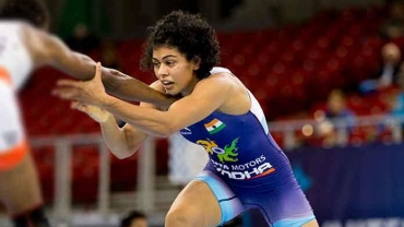 World Championship 2019: Sarita shocks Pooja Dhanda, easy win for Vinesh