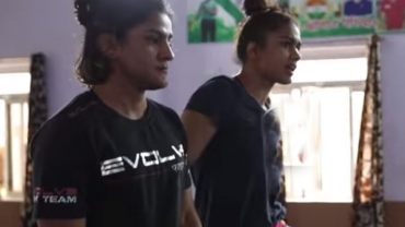 Watch Ritu Phogat & Babita Phogat once more on wrestling mat