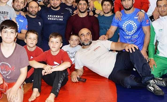 When they met : 4 time world champion Abdulrashid Sadulaev got his match in a young kid, watch the video