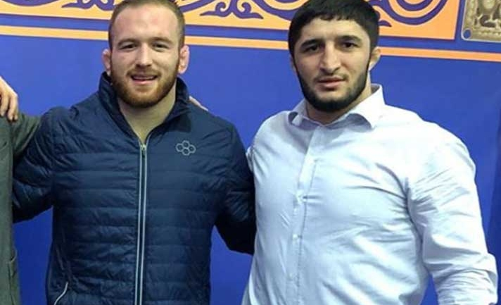 'We are fierce opponents on the mat but friends off it' says Abdulrashid Sadulaev about Snyder, invites him to Dagestan
