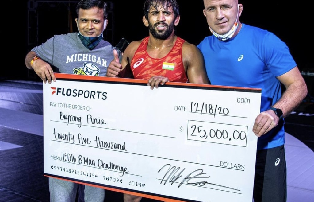 Bajrang Punia wins $25,000 after beating James Green in USA